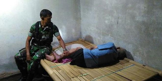 Babinsa Koramil 14/Minggir Bersilahturahmi Ke Rumah Pejuang 45