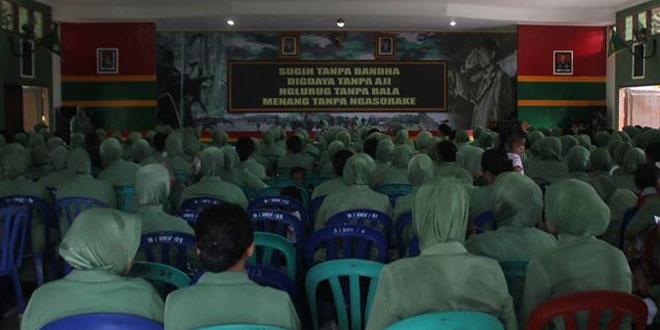 Pertemuan Bulanan Persit KCK Ranting 2 Cabang LVI Yonif 405/SK