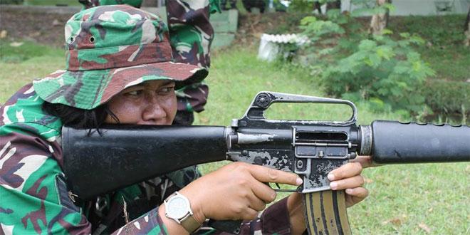 Kowad Kodim Sragen Latihan Menembak Triwulan IV TA. 2016