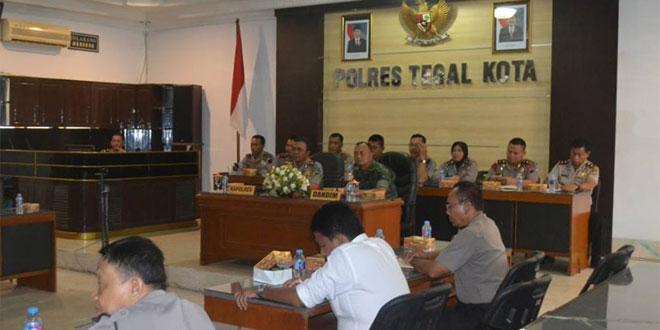 Dandim 0712/Tegal Hadiri Vicon Arahan Panglima TNI dan Kapolri