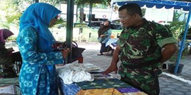Babinsa Koramil 08/Kotagede Menyambangi Pengrajin Batik di Wilayah