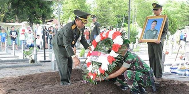 Danrem 072/Pmk Pimpin Pemakaman Kopilot Hely Bell-412EP