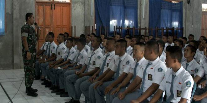Dandim 0720/Rembang Bekali Siswa SMK 1 Rembang Materi Kebhinekaan & Wasbang