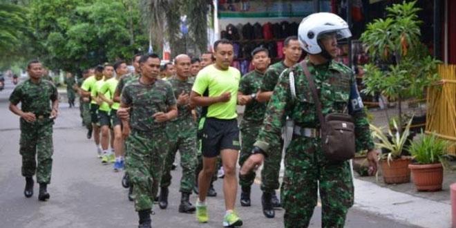 Dandim 0713/Brebes Pimpin Pelaksanaan Lari pada Minggu Militer