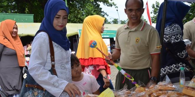 Kodam IV/Diponegoro Menggelar Pasar Murah