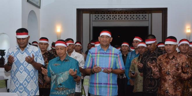 Kasad Nonton Bareng Final Piala AFF Bersama Pangdam IV/Diponegoro