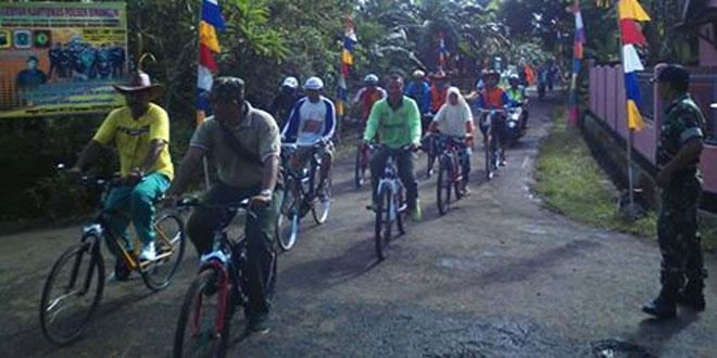 Danramil 04/Binangun Ikuti Sepeda Santai Gebyar Kamtibmas