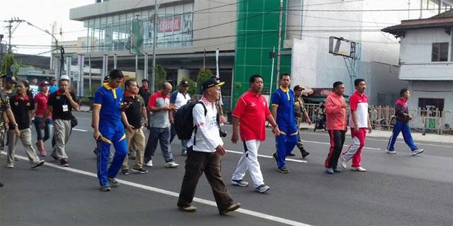Dandim Magelang Ikut Jalan Santai Tuin Van Java