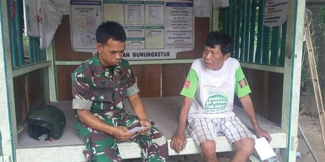 Anggota Koramil 05/ Pakualaman Melaksanakan Komsos