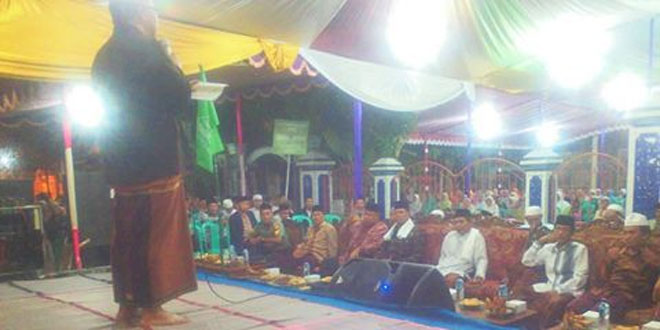 Bati Tuud Koramil 08/Adipala Ikuti Pengajian di Desa Binaan