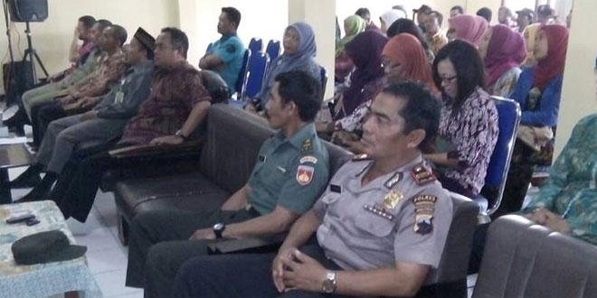 Danpos Bansari Koramil 03/Parakan Beserta Muspika Menerima KKN Mahasiswa Undip