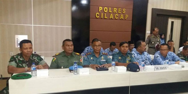 Kasdim 0703/Cilacap Hadiri Pengukuhan Satgas Saber Pungli