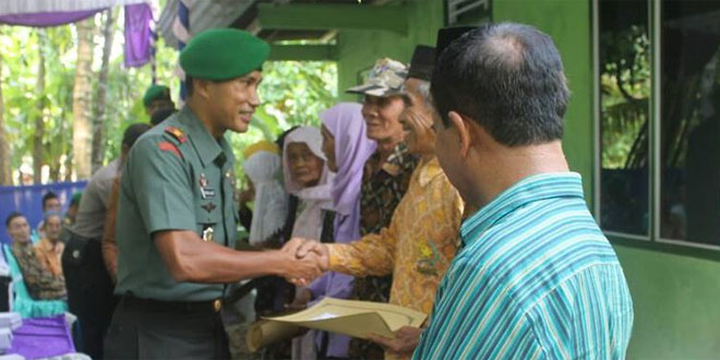 Dandim 0703/Cilacap Resmikan Bedah Rumah Veteran di Desa Bojongsari