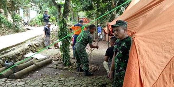 Antisipasi Tanah Retak, Koramil 13/Majenang Dirikan Posko Bencal