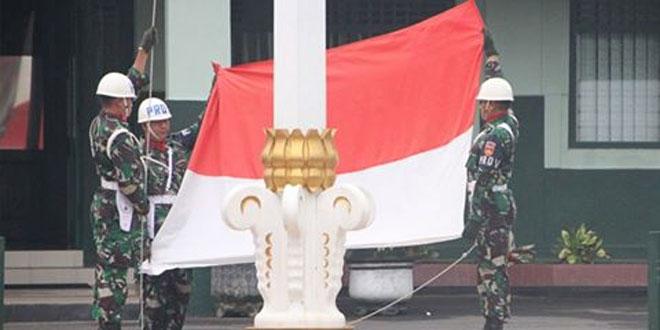 Danrem 073 : Upacara Bendera Memantapkan Kebersamaan dan Soliditas Satuan