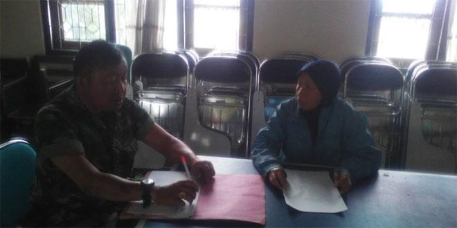 Babinsa Koramil 04/Ngadirejo Melaksanakan Komsos Dengan Warga Desa Ngaren Kec Ngadirejo