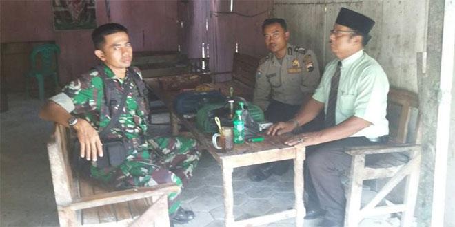 Komsos Dengan Tokoh Masyarakat  Babinsa Ramil 16/Pulokulon/Dim 0717/Purwodadi