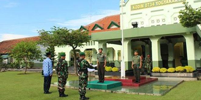 Prajurit dan PNS Kodim 0734/Yogyakarta Ikuti Upacara 17-an