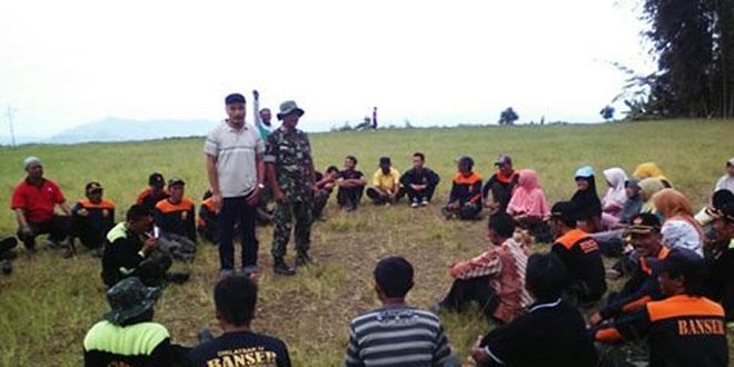 Babinsa Koramil 05/Candiroto Memberikan Pelatihan Dalam Latsar Banser