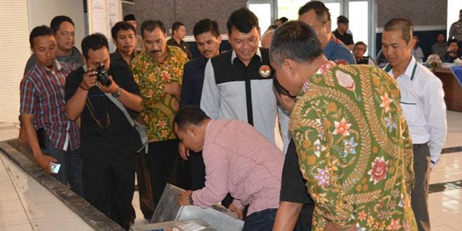 Rapat Pleno Rekapitulasi Hasil Penghitungan Suara Pilkada Walikota Salatiga
