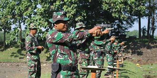 Asah Kemampuan dengan Latihan Menembak