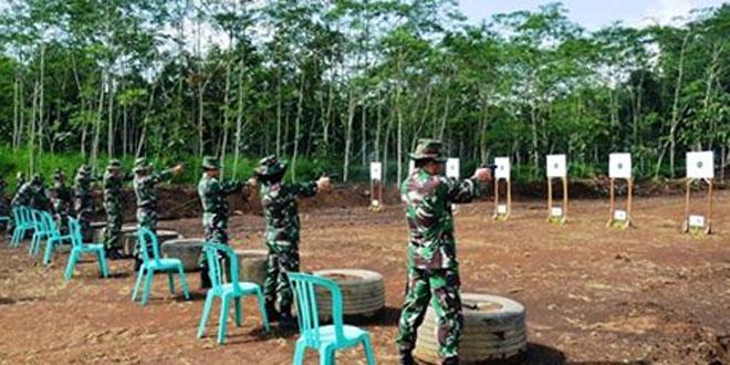 Pertajam Keterampilan dan Kemahiran Menembak Prajurit