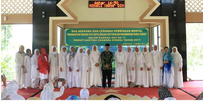 Anggota Persit KCK PD IV/Dip Wujudkan Keluarga Harmonis