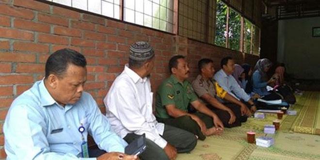 Babinsa Koramil 15/Moyudan Bersama Dinas Kesehatan Laksanakan Penyuluhan Jentik Nyamuk