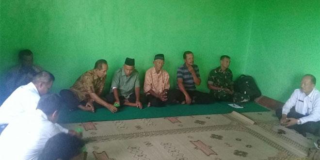Babinsa Koramil 12/Mlati Motivasi Kelompok Tani Dalam Kegiatan Sosialisasi P3A