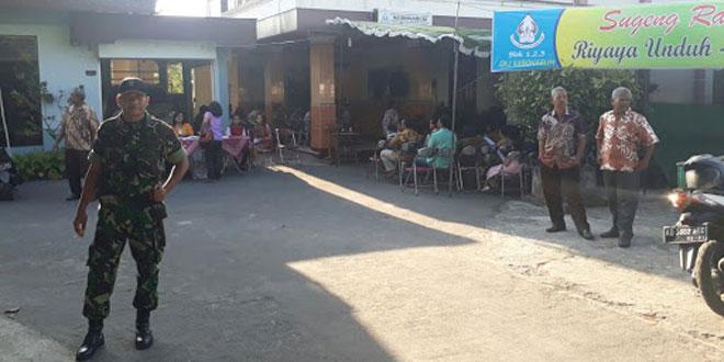 Babinsa Koramil 06/Kebonarum laksanakan Pengamanan Riyaya Unduh Unduh