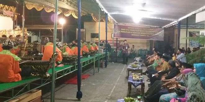 Koordinasi dan Pembagian Tugas Pengamanan oleh Babinsa dan Bhabinkamtibmas Kecamatan Bringin pada Kegiatan Merti Desa
