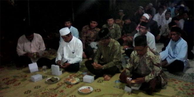Bati Tuud Koramil 03/Ngadirojo Mengahdiri Pengajian di Wilayah Binaan