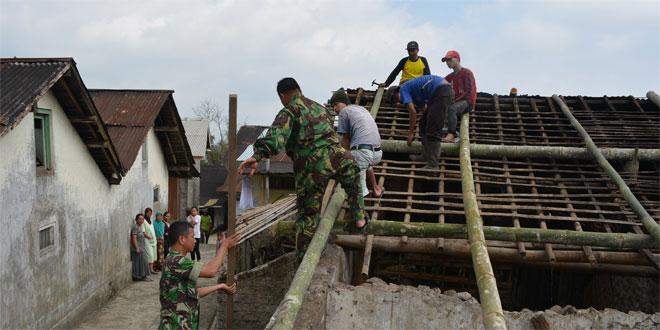 Kepedulian Sebagai Bentuk Kemanunggalan TNI Rakyat