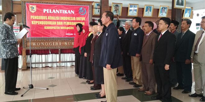 PASILOG KODIM 0728/WNG HADIRI PELANTIKAN PENGURUS KOALISI INDONESIA KEPENDUDUKAN DAN PEMBANGUNAN