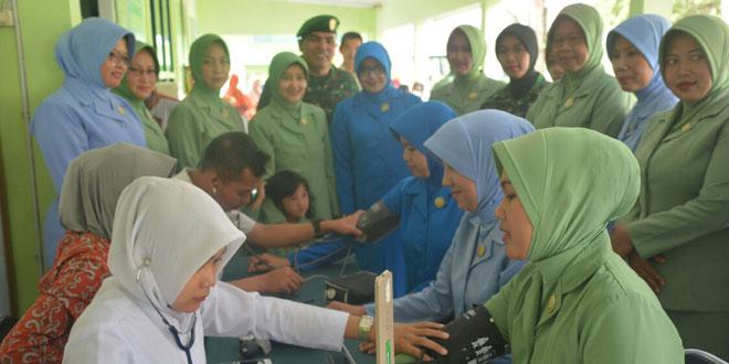 Deteksi Dini Kanker Serviks, Dharma Pertiwi Koorcab Purwokerto Daerah D Adakan Pemeriksaan IVA