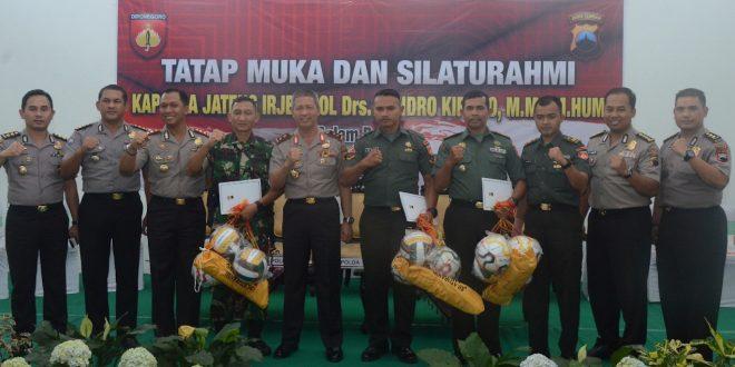 Sinergitas TNI-Polri Wujudkan Masyarakat Aman Dan Sejahtera