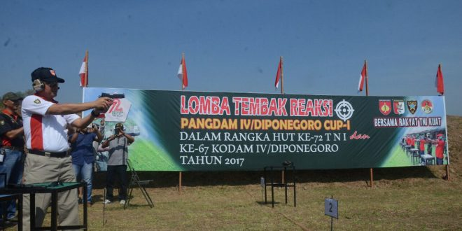 Para Jago Tembak Bertanding Memperebutkan Piala Pangdam IV Cup I