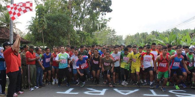 Kodim Kulon Progo Ikuti Lomba Lari Manunggal XXXI HUT Ke-66 Kabupaten Kulon Progo