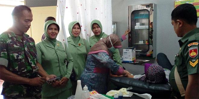 Babinsa Koramil 14/Cimanggu Sukseskan KB Kesehatan