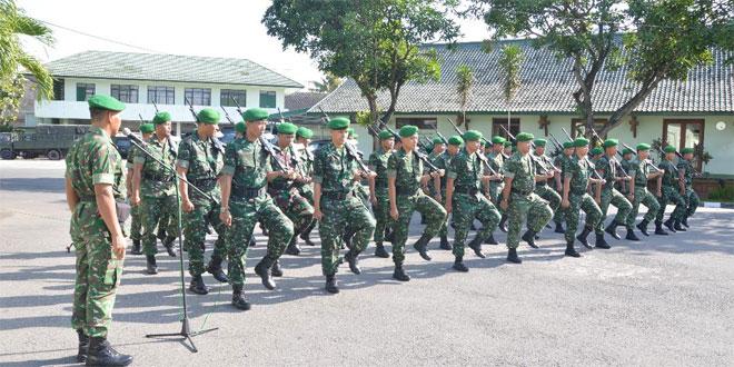 Latihan PBB Pada Minggu Militer Agar Disiplin Para Prajurit Tidak Luntur
