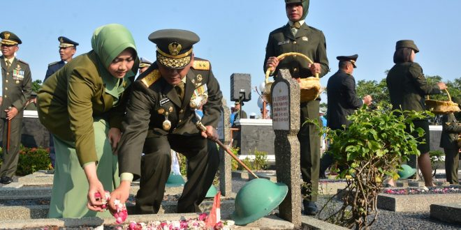 Pangdam IV/Diponegoro Pimpin Ziarah Di TMP Giri Tunggal