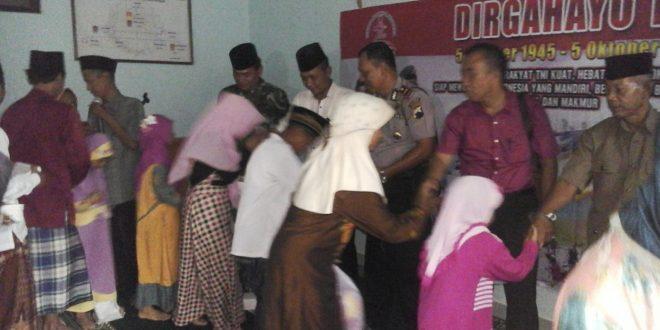 Syukuran HUT ke-72 TNI, Koramil 06/Kesugihan Santuni 90 Anak Yatim