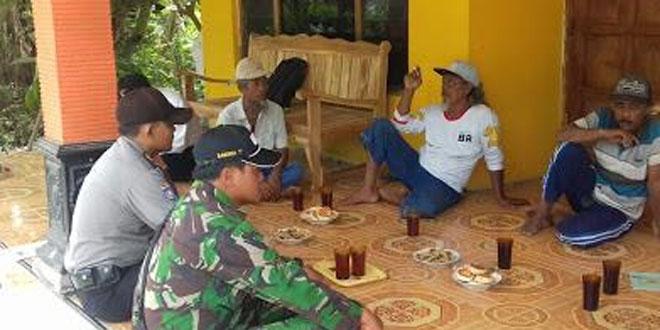 Babinsa Koramil 17/Karangdowo Ikuti Musyawarah Desa