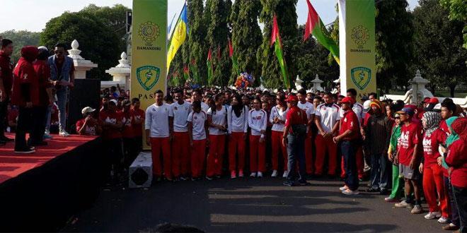 Danramil dan Anggota Koramil 08/Kalasan Ikut Sukseskan Fun Run di Lapangan Parkir Ramayana