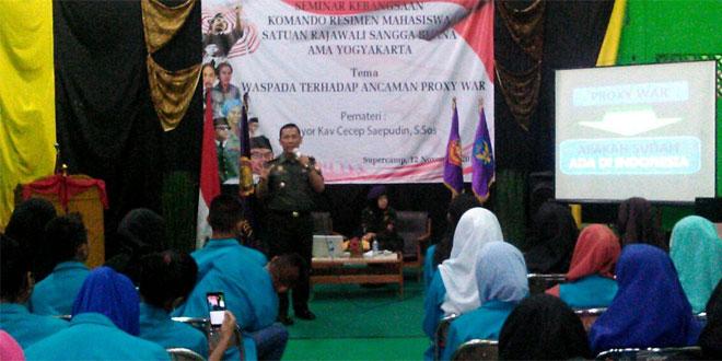"""Danramil 07/Umbulharjo Berikan Wasbang Kepada Menwa """"Amayo"""" Yogyakarta"""