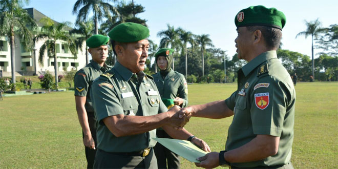 Terus Tingkatkan Pelayanan Kesehatan, Kesdam IV/Diponegoro Mendapatkan Penghargaan