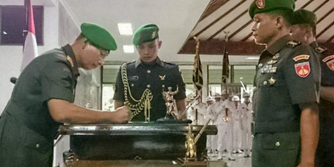 Enam Pejabat Kodam IV/Diponegoro Diserahterimakan