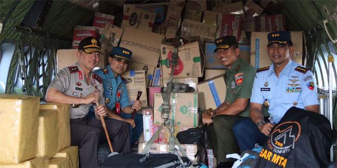 Kodam IV dan Polda Jateng Kirim Puluhan Truk Bantuan Untuk Korban Gempa Lombok