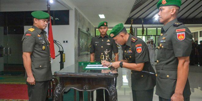 Empat Pejabat Kodam IV/Diponegoro Diserahterimakan