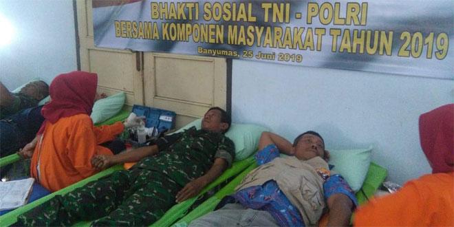 Danramil Sokaraja Hadiri Donor Darah Dalam Rangka Bakti Sosial TNI-Polri Bersama Komponen Masyarakat